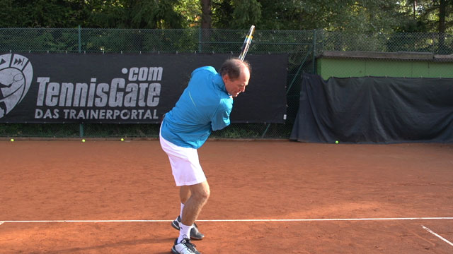 Two handed backhand mistake
