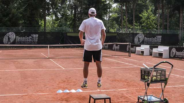 Using Straight-Legged Jumps and Cones to Improve the Serve