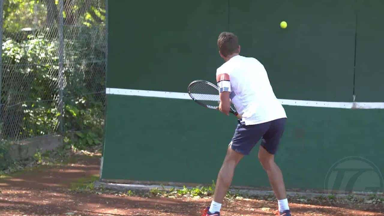 Wall-Drill---Backhand-Volleys-across-the-wall-