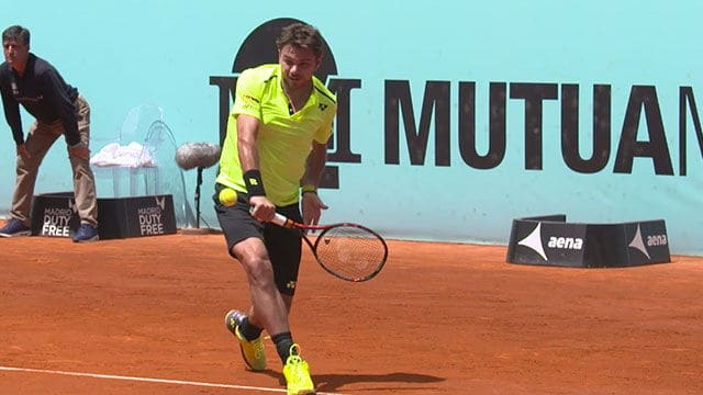 One handed backhand stance of Stan Wawrinka